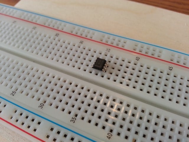 SOIC chip on breadboard