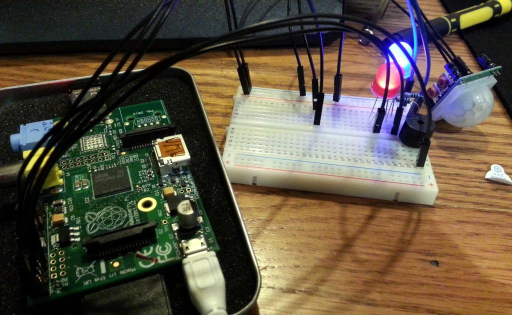 Raspberry Pi Alarm Circuit
