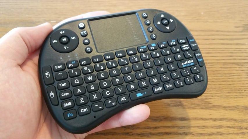Wireless mini keyboard for the Raspberry Pi