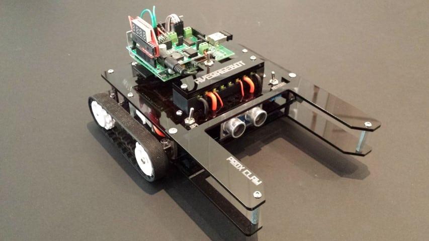 AverageBot raspberry Pi Robot