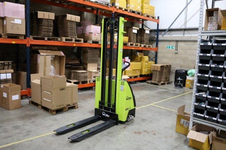 Pi Hut fork lift