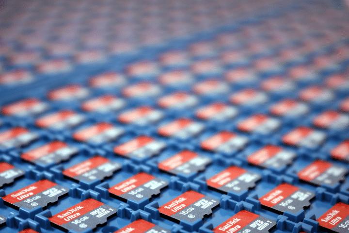 SD card trays