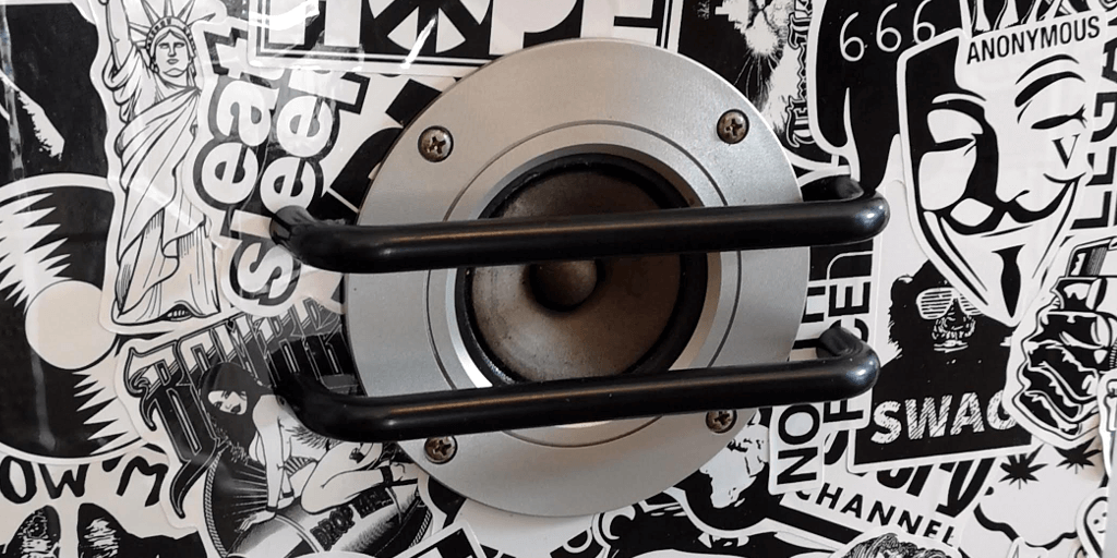 Speaker drawer handles
